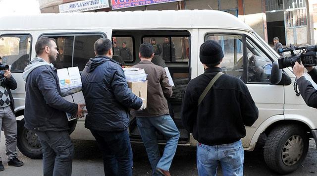 Diyarbakırda 34 Tutuklama, İki İlde 9 Gözaltı