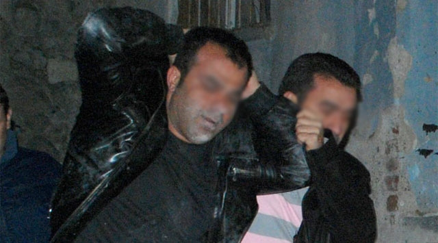 İzmirde Operasyon: 32 Gözaltı
