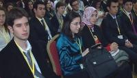 Dünya Gençleri Çözümü Ankara'da Arayacak