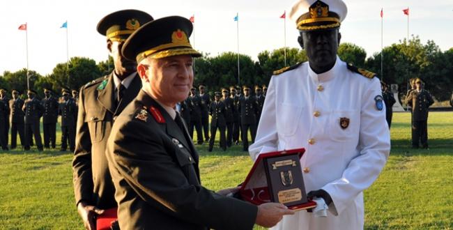 Somalili askerler mezun oldu