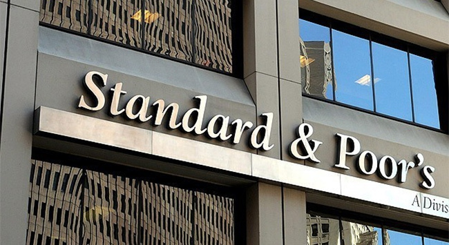 Standard & Poors Rusyanın kredi notunu korudu