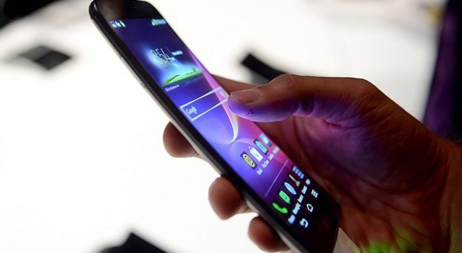 İletişimde net satış geliri 17 milyar lirayı aştı
