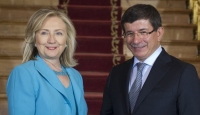 Davutoğlu Clinton'la Görüşüyor