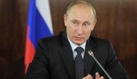 """Putin """"Dış Mihrakları Suçladı"""""""