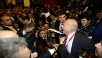 Türk-İş Genel Kurulu'nda Arbede