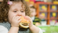 Obez çocuklarýn sayýsý artýyor