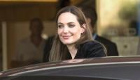 Jolie'ye Sırplardan da Tepki