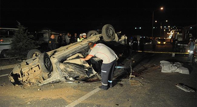 Uşakta trafik kazası: 3 ölü