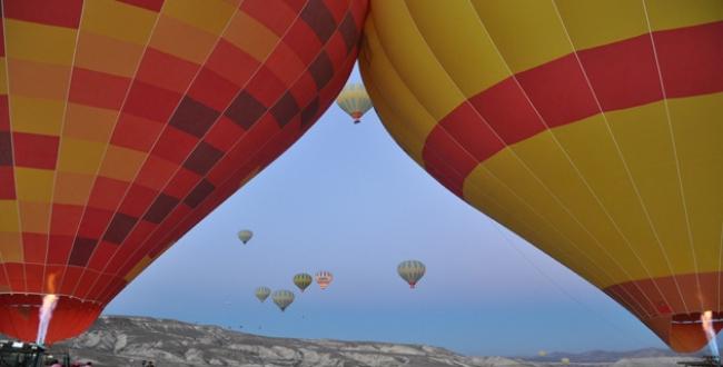 Balonlar meme kanseri için havalandı