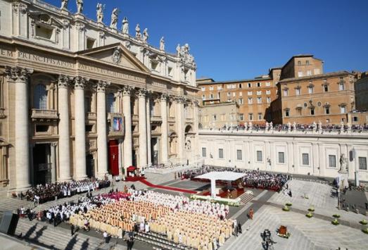 Vatikanda çocuklara cinsel istismar gündemde