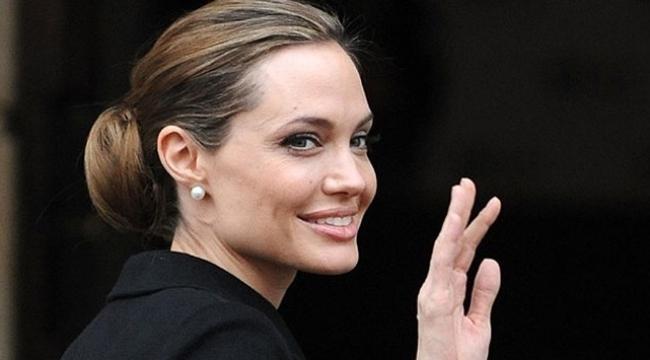 Angelina Jolieden hayranlarını üzecek haber