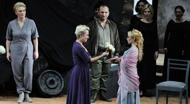 Herkül operası Antalyada sahnelendi