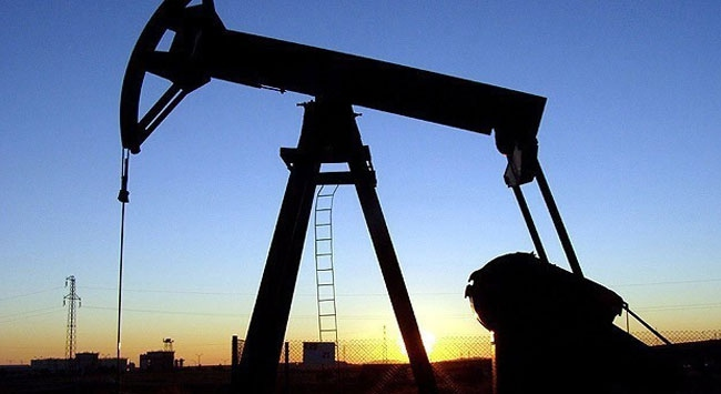 Brent petrolün varili 44,06 dolar