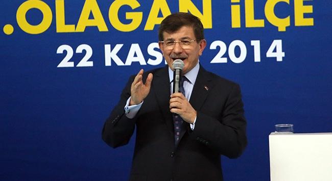 Davutoğlu, Akparti Patnos 5. Olağan ilçe kongresinde konuşma yaptı.