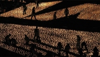 Portekiz'de Mumlardan Dev Yıldız