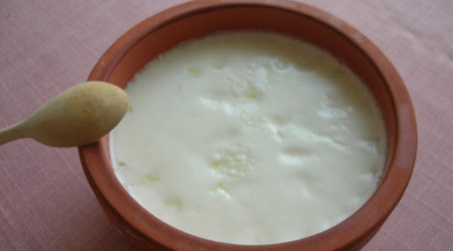 İzmirde Doğal Yoğurt Üretiliyor