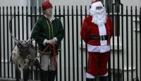 Londra'da Bu Yıl Ren Geyikleri Popüler