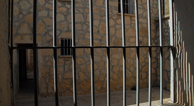 Myanmarda 100den fazla tutuklu serbest bırakıldı