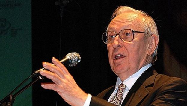 Türkiyenin ilk Kültür Bakanı Halman vefat etti