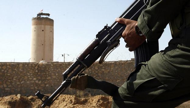 Mısırda askerlere saldırı