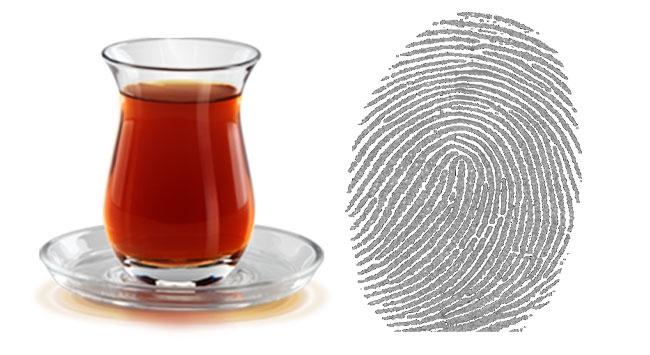 Çay bardağındaki parmak izi, hırsızı ele verdi