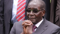 Zimbabve kabinesi karıştı
