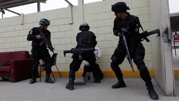 Meksikada silahlı çatışma: 15 ölü