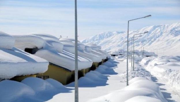 35 köy yolu ulaşıma kapandı