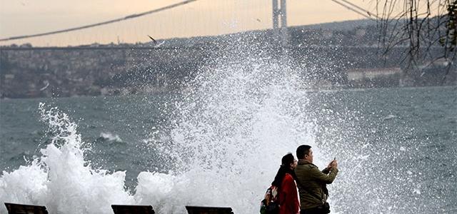 İstanbul lodosa teslim