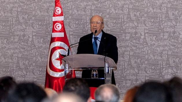 Yeni Cumhurbaşkanı El-Baci Kaid es-Sibsi