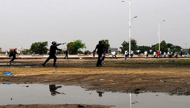Kongoda göstericilere polis müdahalesi