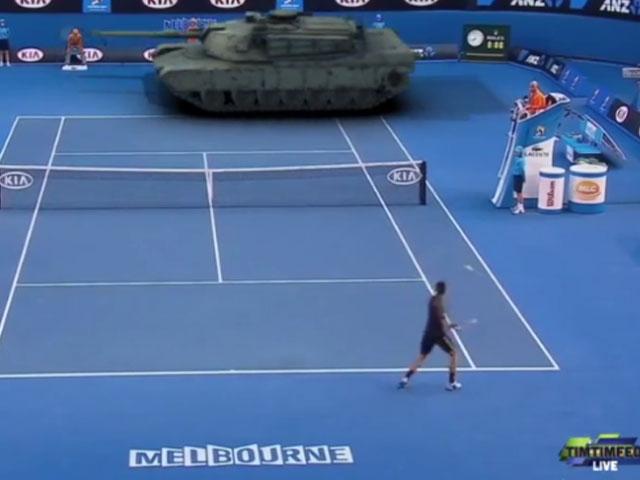 Djokovic tankla maç yaparsa
