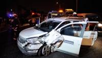 Seyrantepede iki araç çarpıştı: 3 yaralı