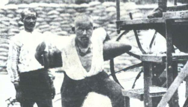Seyit Onbaşının Taşıdığı Mermi Kaç Kilogramdı
