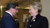 Davutoğlu Clinton'la Görüştü