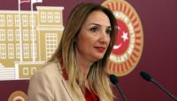 """Aylin Nazlıakaya """"kaçak su""""dan para cezası"""