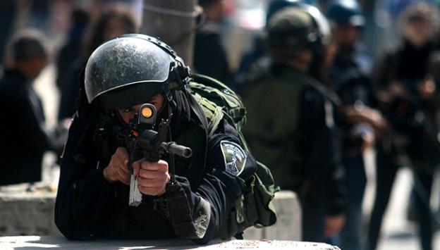 Filistinli kadınlara İsrail müdahalesi