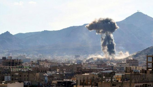 Sana Cumhurbaşkanlığı sarayı bombalandı