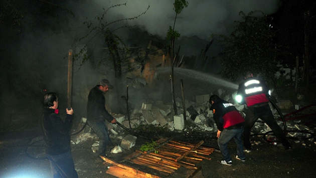 Osmaniye'de marangoz atölyesinde yangın
