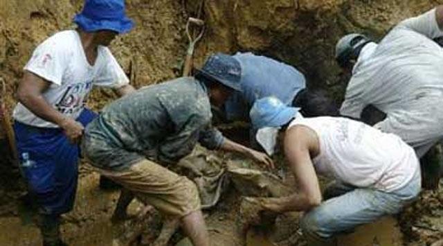 Toprak Kayması: 25 Ölü, 150 Kişi Göçük Altında