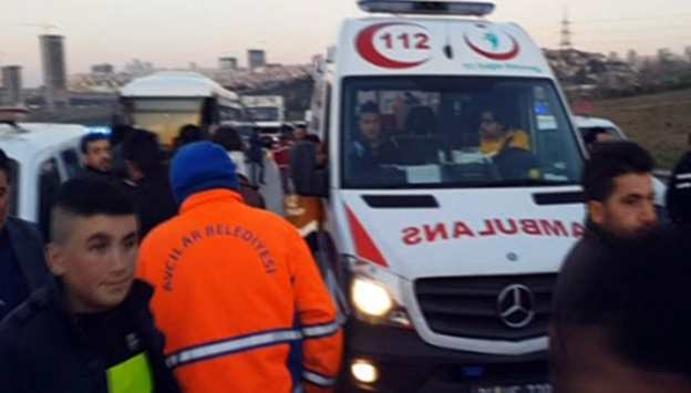 TEM'de kaza: 3 ölü 6 yaralı