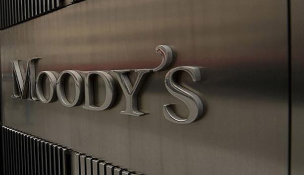 Moody's, Brezilya'nın notunu indirdi
