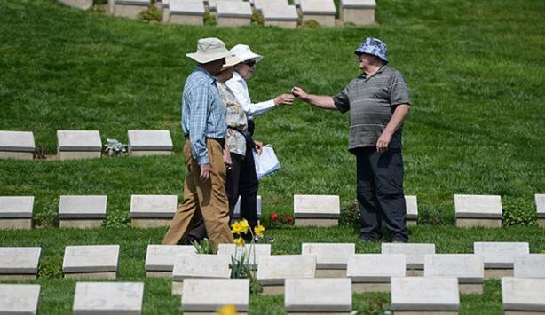 2 bin 700 Anzak torunu törenle karşılandı