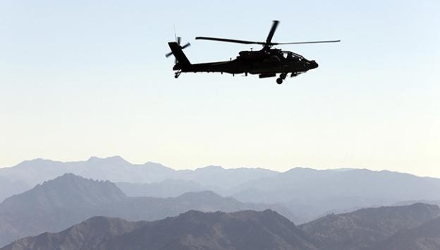Özbekistanda helikopter düştü: 9 ölü