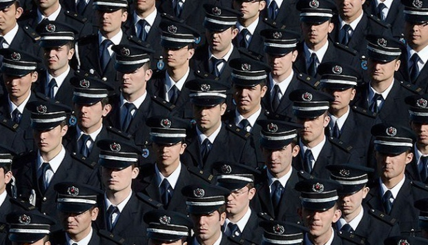 Bin 776 emniyet müdürü emekli edildi