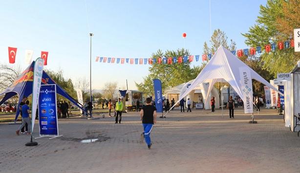 4. Ýznik Ultra Maratonu baþladý