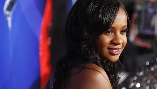 Whitney Houston'ın kızı komadan çıktı