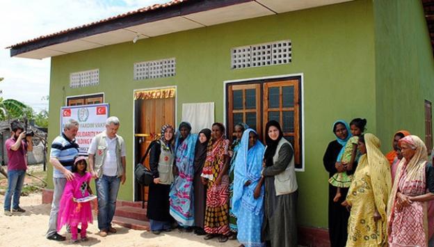 İHHdan Sri Lankadaki yetimlere yardım eli