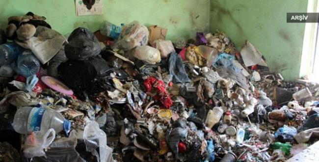 Yalnız yaşayan kadının evinden 10 kamyon çöp çıktı