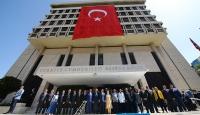 Davutoğlu Başbakanlık İzmir Ofisinin açılışını gerçekleştirdi